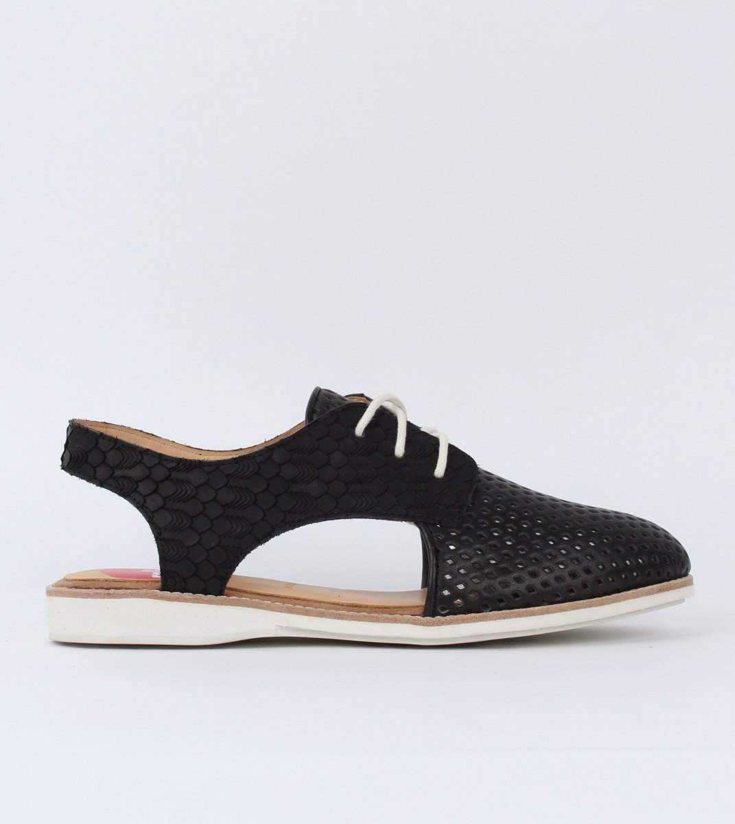 Derby_Slingback_Punch-Black_Geo_Black-Outside