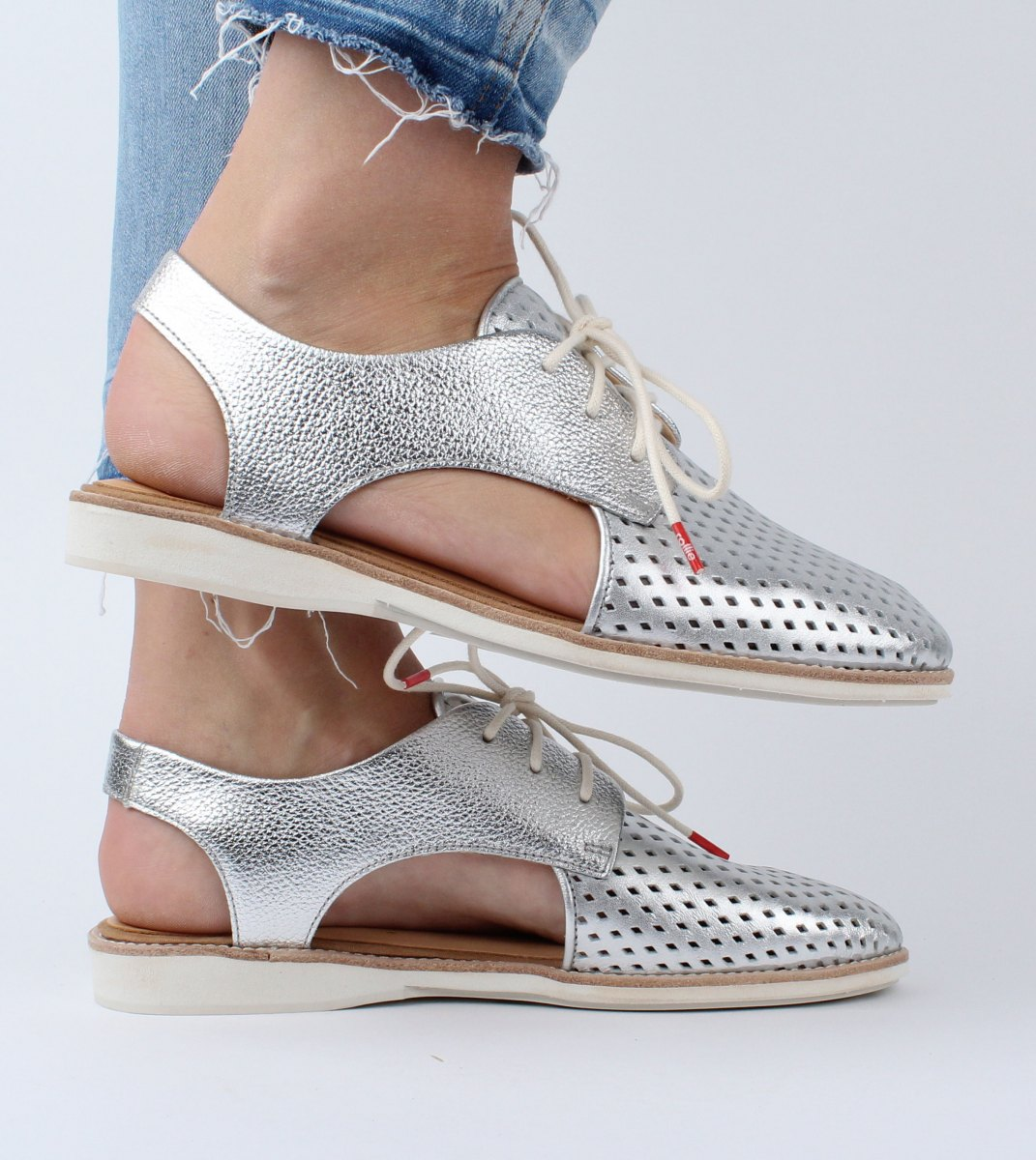 Rollie-Derby_Slingback_Punch-Silver-M2