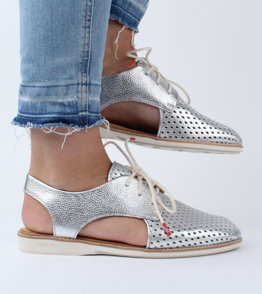 Rollie-Derby_Slingback_Punch-Silver-M3
