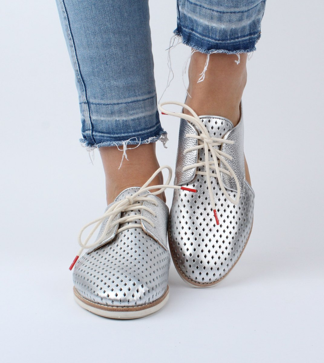 Rollie-Derby_Slingback_Punch-Silver-M4