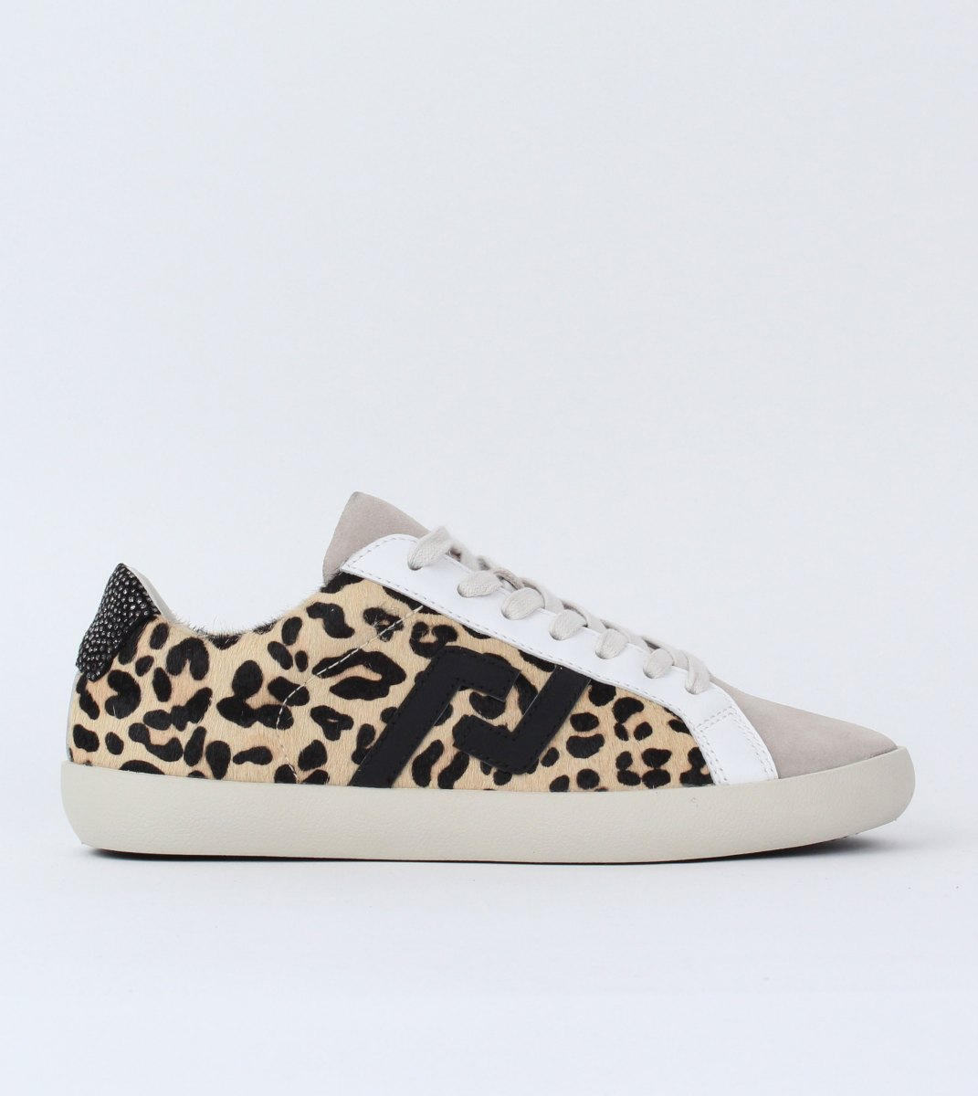 Rollie-Sneaker-Prime_Leopard_Clash-Outside
