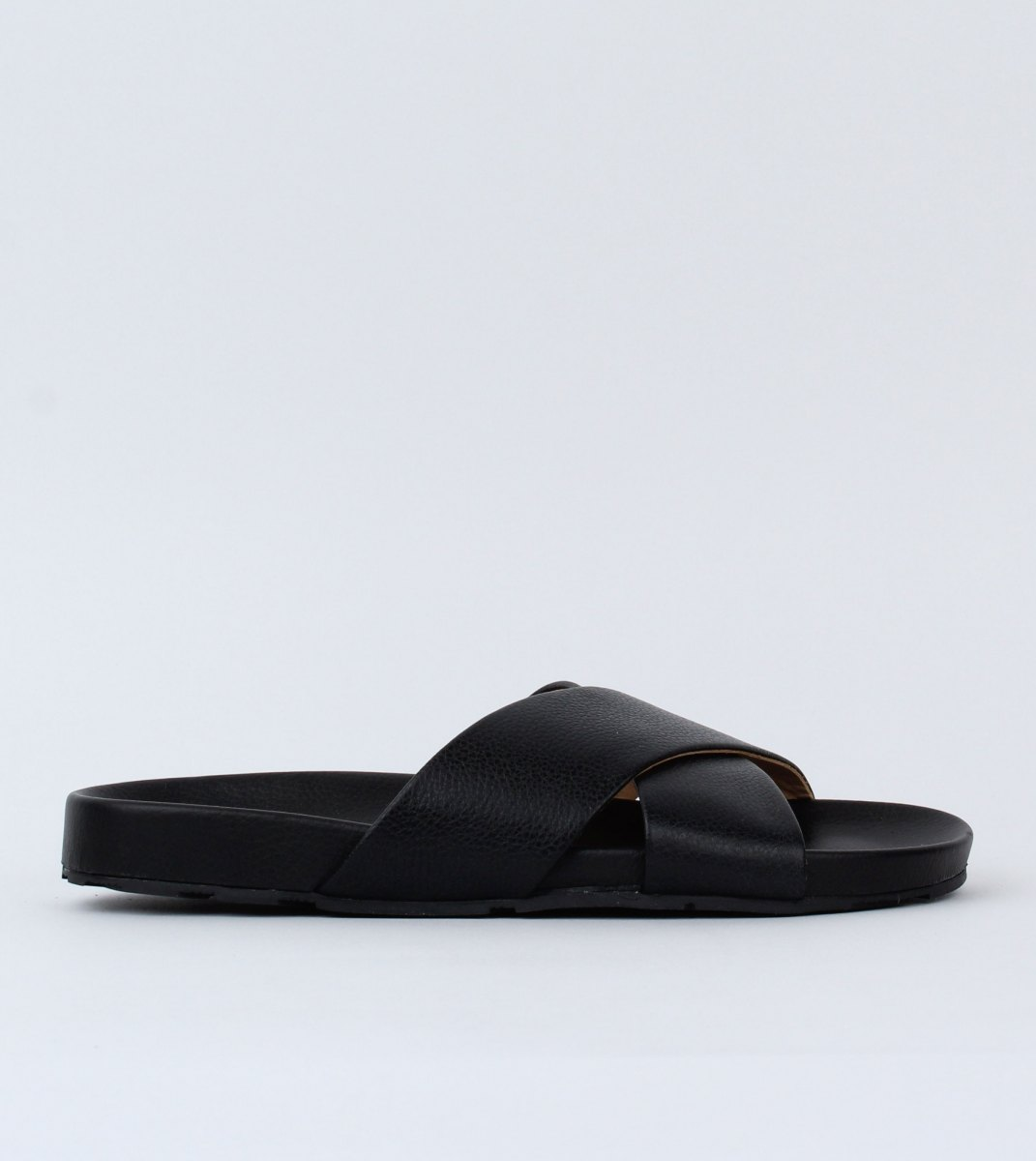 Rollie-Tide_Cross_Slide-Black-Outside